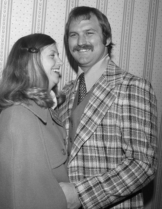 Yankees catcher Thurman Munson and his wife, Diana, share a laugh after Munson was named the 1976 American League MVP. The couple married in 1968 and stay together until Munson's unfortunate death in 1979.