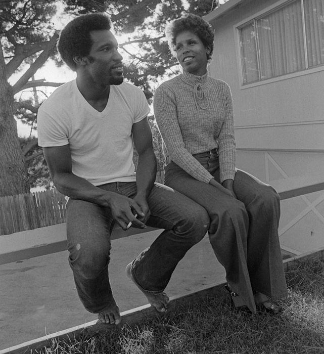 Bonds and his wife, Pat, relax at their home in San Carlos, Calif. The couple married in 1963 and stayed together until Bobby's death in 2003. They have three children including home run king Barry.