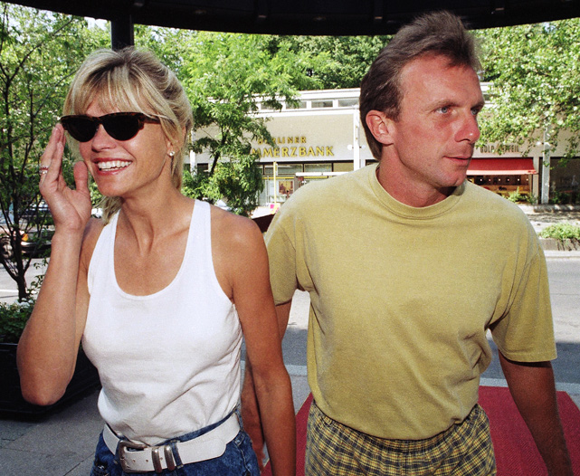 After his first two marriages failed, Joe Montana met Jennifer Wallace, an actress and model, when the two worked on a Schick commercial together. They married in 1985 and have four children, including 21-year-old Nate, a quarterback at Notre Dame, and 19-year old Nick, a redshirt freshman at Washington.