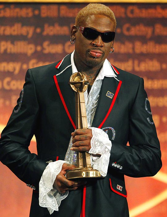 Ever the attention-grabber with his looks, Dennis Rodman shows up in style to the 2011 Basketball Hall of Fame ceremony.
