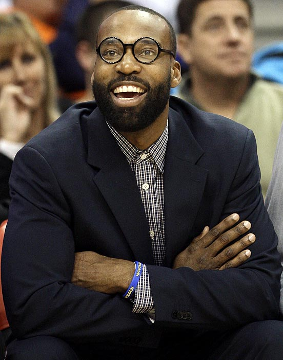 Baron Davis sports a pair of round, Harry Potter-esque glasses. Now, where is his wand?