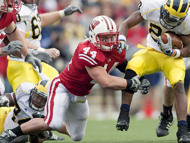 Back from a shoulder injury, the 2009 Freshman All-America led the Badgers that season with five forced fumbles and three recoveries.