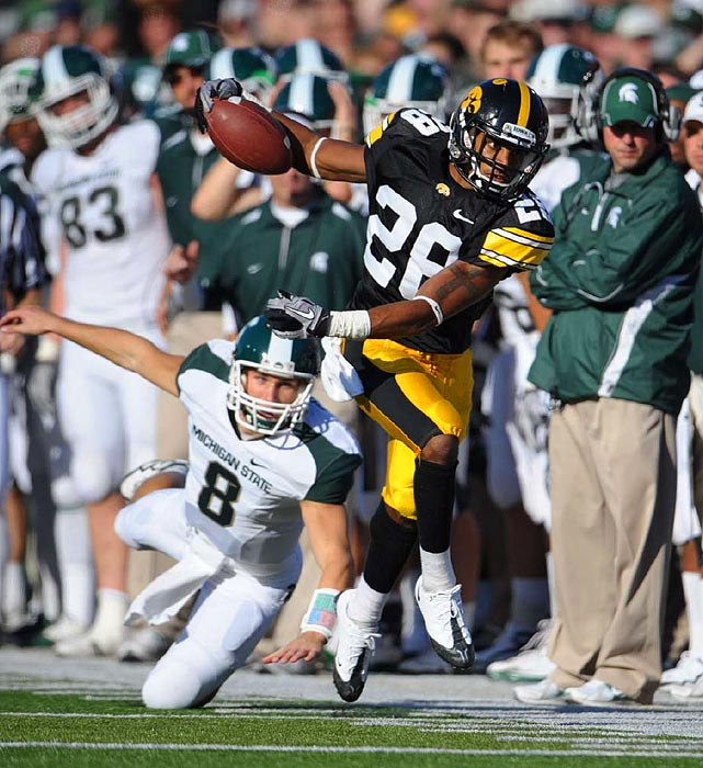 Best when the stakes are highest, Prater (who started 12 games in 2010) made a crucial fourth-quarter pick against Ohio State and had a career-high nine solo tackles in Iowa's Insight Bowl win over Missouri.