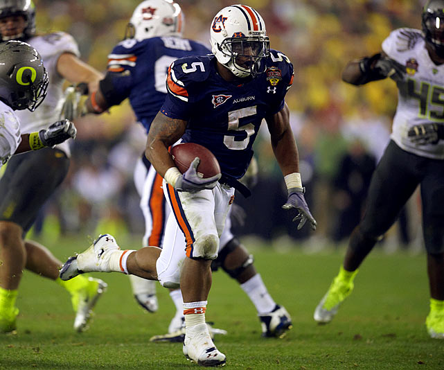 Dyer broke Bo Jackson's Auburn freshman rushing record with 1,093 yards last season, capping the year with an Offensive MVP performance and game-breaking 37-yard run on the biggest of all stages: the national championship game against Oregon.