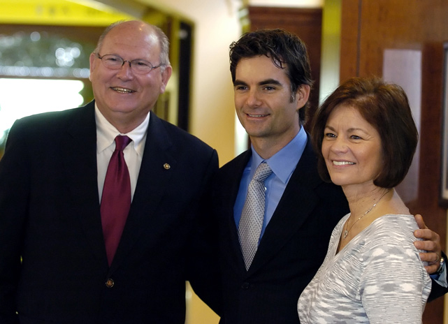Gordon poses with his parents at the grand opening of the Jeff Gordon Children's Hospital in Concord, N.C.
