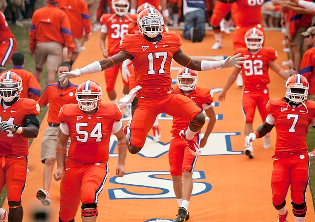 Redshirt freshman Bashaud Breeland (17) and the Clemson Tigers were fired up to take on Auburn at home. Clemson came out as the top Tiger for the first time since 1951 with a 38-24 victory. They snapped a 14-game losing streak to the defending national champions.