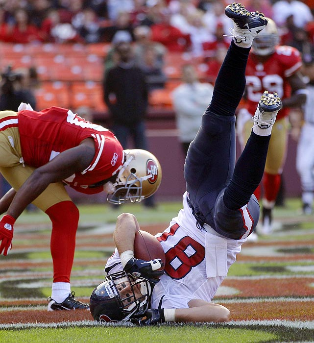 Daniels looked like the game's next elite tight end in 2009, when he caught 40 passes for 519 yards and five touchdowns in eight games before tearing his ACL. Daniels returned for 11 games last year and performed well, but not up to the level he reached before injury. Two years removed from that injury and fully healthy, Daniels has been impressing in preseason and looks set to return to his pre-injury heights.