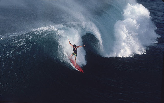 Tom Chamberlain in action at Middles at Hawaii's Hanalei Bay in February 1976.