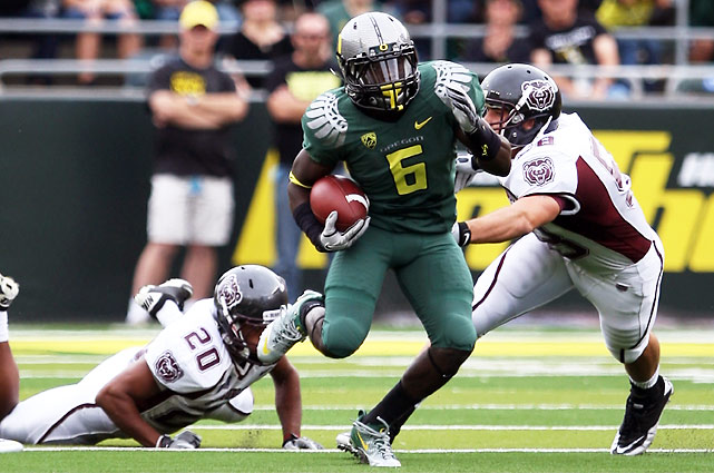 Electric freshman De'Anthony Thomas (pictured) flashed some of his trademark speed and athleticism against Missouri State, but a familiar face carried the load for the Ducks: LaMichael James ran for 204 yards and three touchdowns, including a 90-yarder, as Oregon cruised to a 56-7 rout.