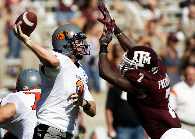 What a game. This seemed like a mismatch at the half, with Texas A&M leading 20-3. But it was all Oklahoma State in the second half. Brandon Weeden (pictured) put the Cowboys on his back, throwing for a school-record 438 yards and two touchdowns. The Aggies shot themselves in the foot with three second-half turnovers and multiple penalties, setting up 27 straight points for State.