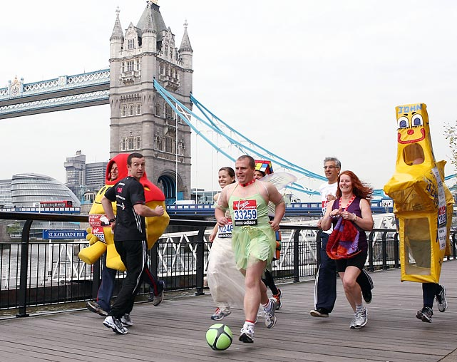 For the 2011 London Marathon organizers thought up more 100 world records, including quickest book character and fastest person running backwards.