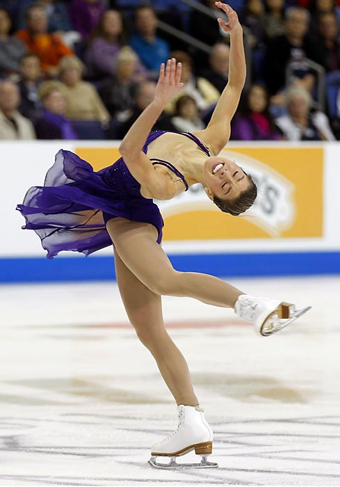 Alissa Czinsny spins her way to first place in the individual competition at the Skate America ISU Grand Pix held in California.