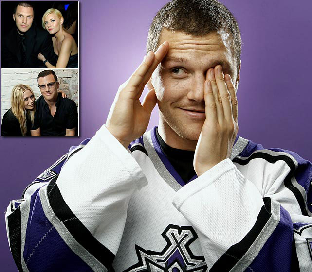 "Traded to the Kings on March 11, 2003 with Maxim Kuznetsov and two draft picks for defenseman Mathieu Schneider, Avery found himself in his element in Los Angeles. He dated actresses Elisha Cuthbert and Mary Kate Olsen and irked his teammates with his lifestyle. ""Guys didn't like that he lived among the Hollywood people,"" Kings forward Jeremy Roenick told SI in 2006. ""Here was a guy who wasn't established who was trying to lead the life of someone who already had made a name for himself. Also I had to keep reminding him to make himself part of the team. To come in and say 'Good morning.' Your teammates don't have to like you, but they have to respect you. Sometimes the way Sean acted, he didn't deserve either."""