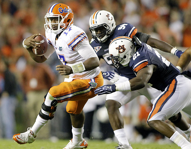 It didn't matter who was running the Florida offense on this night. Jacoby Brissett (left) and Jeff Driskel combined to complete 14-of-28 passes for 121 yards, no touchdowns and an interception. Yet, the Gators were still leading 7-6 entering the fourth quarter. Onterio McCalebb's late scoring run, along with Cody Parkey's 42-yard field goal, accounted for the final score.
