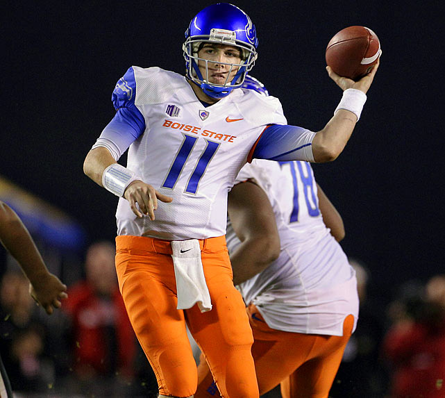 Last week:  28-of-40 passing for 366 yards, four TDs and one INT; one punt for 42 yards in a 52-35 win over San Diego State   Season (10 games):  248-of-336 passing for 2,915 yards, 35 TDs and six INTs  Keenum's assault on every aerial record in the book gets more attention, but Moore is leaving an imprint of his own. He moved past Harrell for second on the touchdown pass list with a four-score first half, giving him 134 in his career to trail only Keenum's 145. Nobody is going to confuse Moore with  Tom Tupa , but he also showed off his punting skills in the Broncos' win over the Aztecs, pinning SDSU at its own three-yard line with a 42-yard pooch kick. There was no hangover after Boise's season-altering loss to TCU, as Moore delivered his 30th game with at least three touchdown strikes. But it wasn't enough to move him up the rankings.   Next up:  Saturday vs. Wyoming