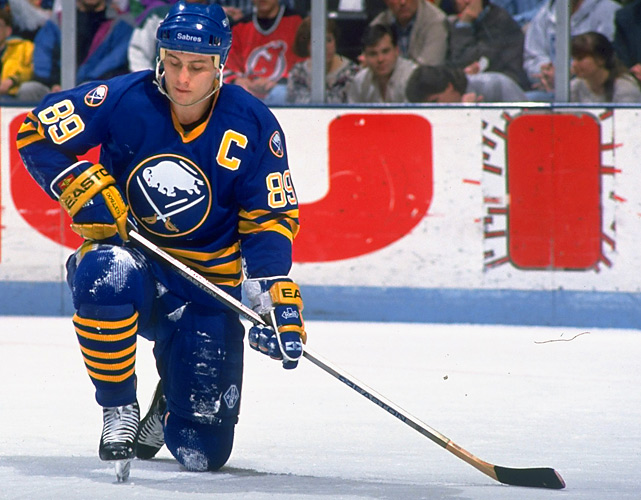 Mogilny's best years were split between the Sabres and the Canucks in the mid-1990s. He made four All-Star teams and tied Teemu Selanne for the NHL lead in goals in 1992-93 with 76.