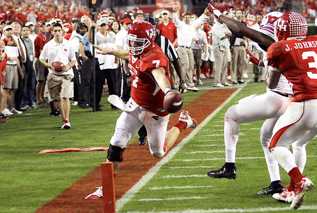 Houston is 11-0. Case Keenum (pictured) set the FBS record for career completions, threw a touchdown pass and ran for another score as the Cougars overcame a sluggish start to knock off SMU and keep their perfect record intact.