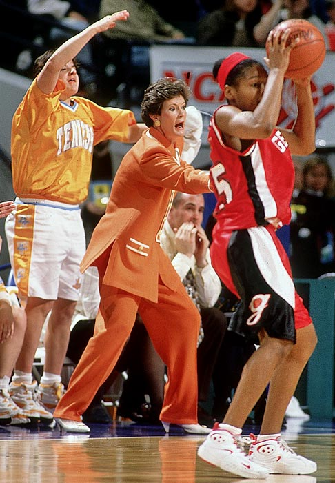 Tennessee made a second consecutive trip to the Final Four in 1996, ousting UConn in the semifinals then breezing past SEC rival Georgia 83-65 to give Pat Summitt a fourth national title.