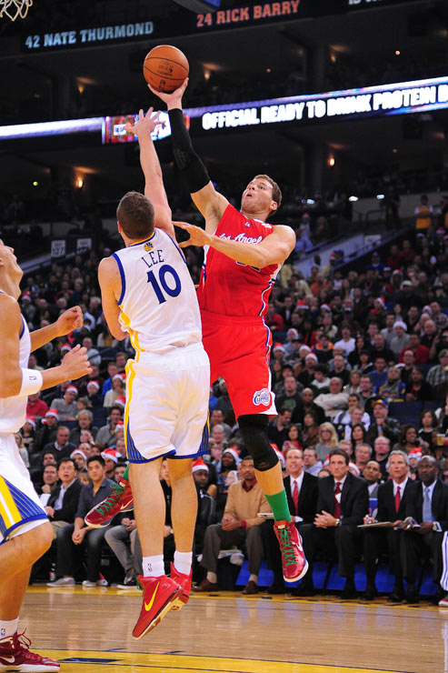 While Blake Griffin had 22 points and seven boards, he was beat out by Warriors big man David Lee, who finished with a double-double of 21 points and 12 rebounds.