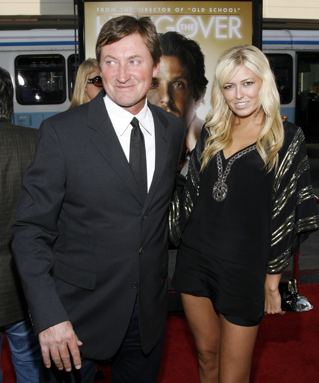 The 23-year-old daughter of Wayne Gretzky became quite popular after tweeting provocative pictures of herself. She temporarily shut down her Twitter account, but as of Christmas, she was back tweeting again.