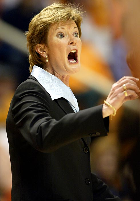 Summit coaches her Lady Vols during a 2004 game against UConn. In 2004 Summit won her seventh NCAA coach of the year award.
