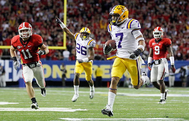 The presumptive national champions got 30 passing yards from their quarterback and still won by 32 points. Tyrann Mathieu (pictured) shifted the momentum with a punt return touchdown,  and LSU reeled off 42 straight after Georgia got out to a 10-0 lead.
