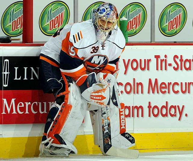 After having surgery on his left knee during the summer, DiPietro plays one period during the Isles' first five games before needing an arthroscopic procedure on Nov. 1 that sidelines him for 27 games. His return is brief -- just long enough to realize that knee swelling has left him unable to play -- and he sits out the final 41 games of the season, having made a grand total of five appearances.