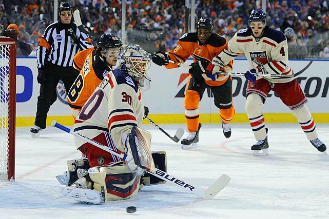 The Rangers goaltender saved the day by halting Philly's attack after two goals and allowing his team to rally.
