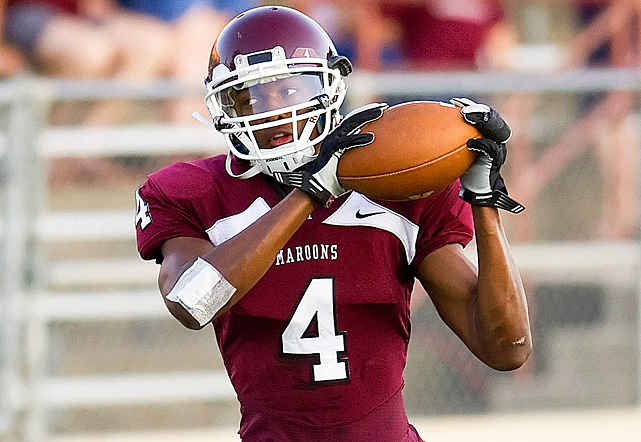 High School:  Austin (Texas)  Height:  6-3  Weight:  200 The son of former Dallas Cowboys linebacker Robert Jones, Cayleb possesses ideal size and strength for a budding BCS wideout. He corralled 75 passes for 1,042 yards and nine touchdowns as a senior, and should add to a young Longhorns receiving corps that already features Jaxon Shipley and Mike Davis. Jones committed to Texas over a number of other suitors in February.