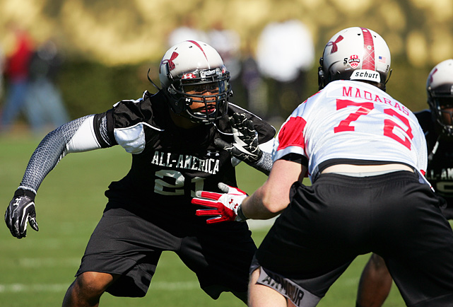 High School:  Davidson (Ala.)  Height:  6-5  Weight:  240 Casher missed his entire senior season due to Alabama transfer rules, but that doesn't make the 6-foot-4, 225-pounder any less dangerous. He competed in the Under Armour All-America Game on Jan. 5, exactly a year after he committed to Florida State.
