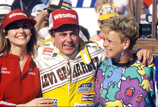 Geoff Bodine celebrates with his wife Kathy (right) and another lucky lady after winning the 1986 race.
