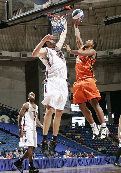 The Kings power forward (right) played part of the 2005-06 season for the Albuquerque Thunderbirds, averaging a double-double in 15 games with the team