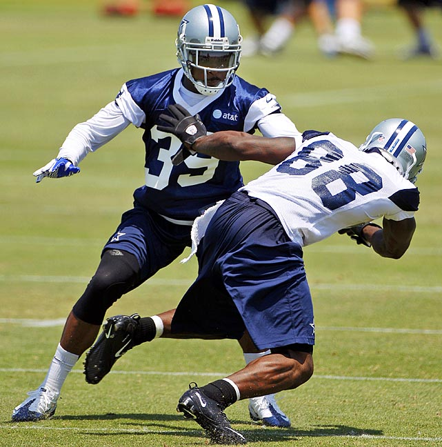 The Cowboys beefed up their secondary by signing former Kansas City cornerback Brandon Carr to a reported five-year, $50.1 million contract on the second day of free agency. Carr made a career-high four interceptions last season.