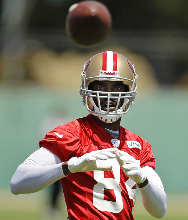 Moss came out of his year-long retirement when he signed a one-year deal with San Francisco on March 12. While the 35-year-old Moss is by no means a safe bet to succeed in 2012 -- he caught just 28 passes for three teams in 2010 -- bringing him in is a low-risk, high-reward move for the 49ers, who didn't get much production out of their wideouts in 2011.