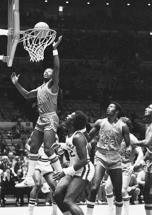Carter Scott converts a layup during the the first half of the 1979 NIT runnerup game against Alabama.  The Crimson Tide would go on to win 96-86.