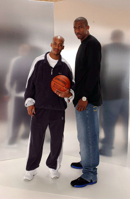 Former NBA player and current Chinese Basketball League star, Stephon Marbury, poses with Stoudemire during the 2003 All-Star weekend.