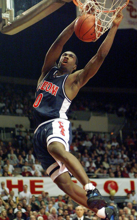 He signed with the University of Arizona, where he had to let go of No. 25 because the number was retired for Steve Kerr.