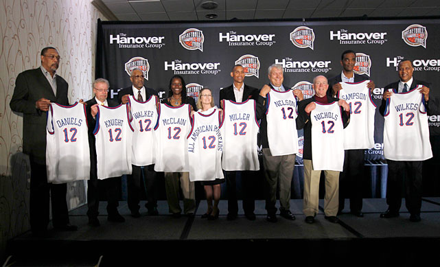 Sampson poses with fellow 2012 Hall of Fame inductees Mel Daniels, Phil Knight, Chet Walker, Katrina McClain, Tammy Harrison, Reggie Miller, Don Nelson, Hank Nicholls and Jamaal Wilkes.
