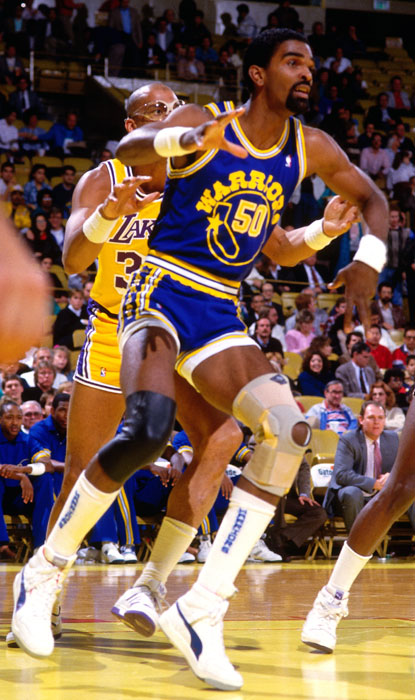 Sampson gets position on Kareem Abdul Jabbar during a 1987 Warriors-Lakers game. Sampson was traded to the Warriors midway through the 1986-87 season.