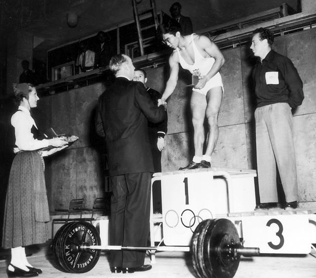 Japanese-American weightlifter Tommy Kono was best known for his ability to fluctuate between weight classes without losing any strength. At the 1952 Olympics, Kono won the gold medal as a lightweight. He went on to win a light heavyweight gold in 1956 as well.