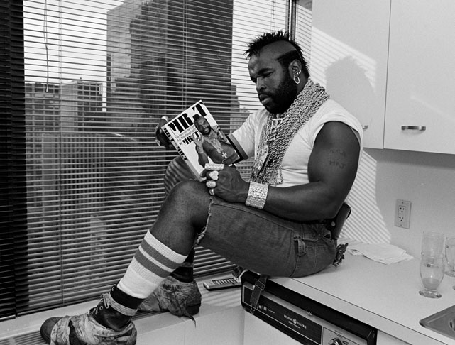Mr. T reads his own biography.
