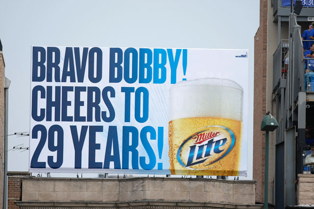 Chicago pays tribute to Braves manager Bobby Cox during the summer of 2010, Cox's last season in Atlanta after 29 seasons managing in the big leagues.