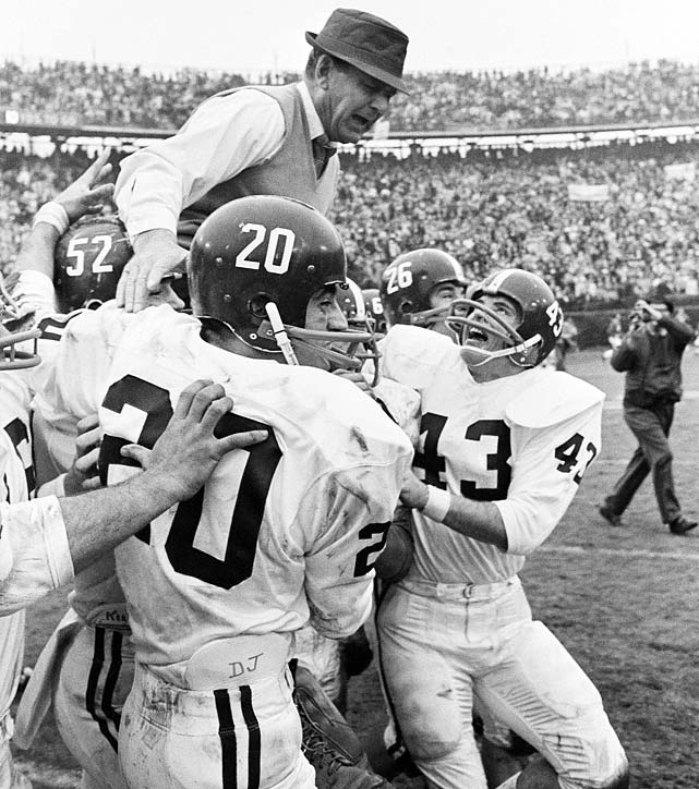 Kenny Stabler and the Crimson Tide found themselves snakebit by the polls after No. 1 Notre Dame and No. 2 Michigan State tied, 10-10, in their matchup. Bear Bryant's squad remained No. 3 despite outscoring its opponents 144-7 in the final five games of the season.