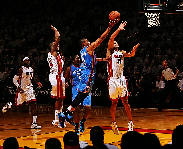 Russell Westbrook went 8-of-18 from the field and ended up with 19 points.