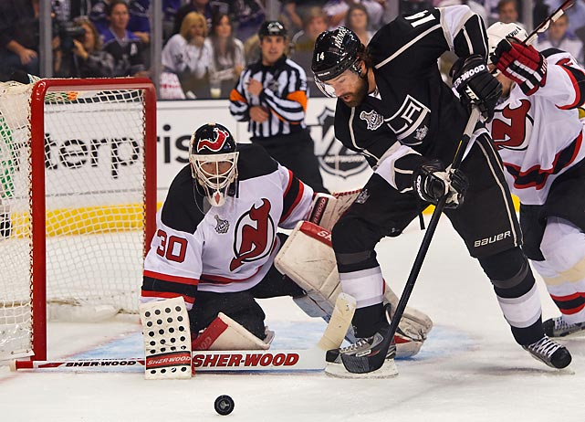 Devils goalie Martin Brodeur played Game 4 with intense focus and notched 21 saves in the 3-1 win.