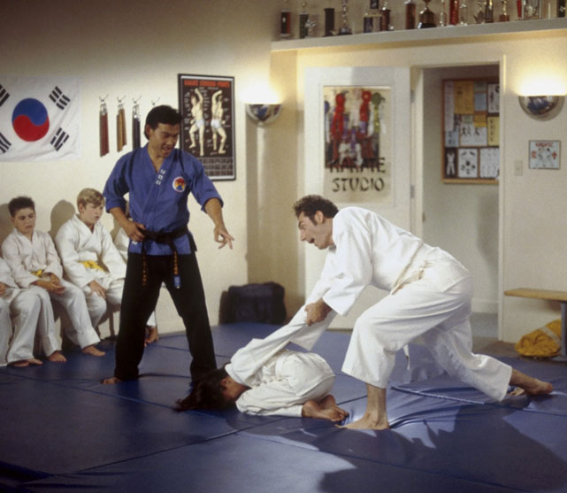 Michael Richards was king of his dojo in this 1996 episode, though he was roughly four times the age of all the other participants.