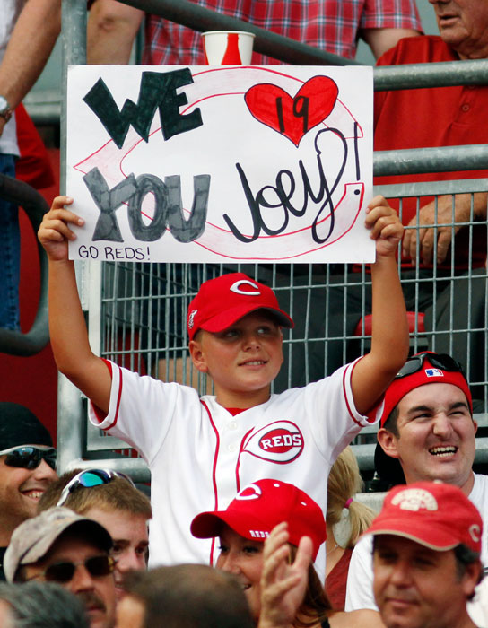 Joey Votto may be out another month with a knee injury but this fan is making sure he's not forgotten.