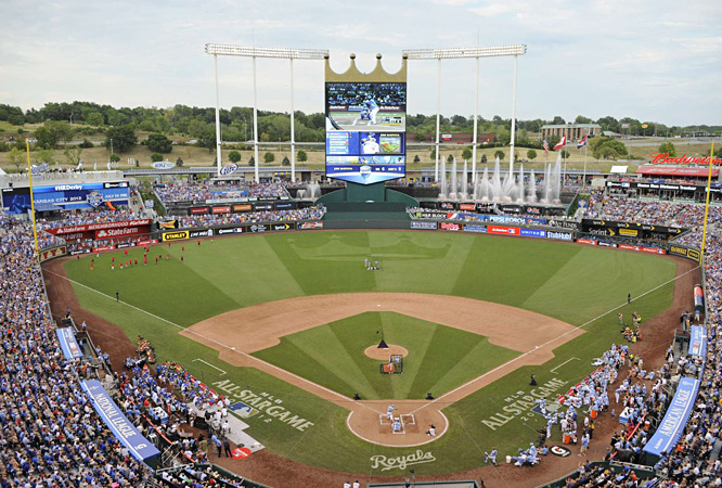 Jose Bautista (Blue Jays), Carlos Beltran (Cardinals), Robinson Cano (Yankees), Prince Fielder (Tigers), Carlos Gonzalez (Rockies), Matt Kemp (Dodgers), Andrew McCutchen (Pirates) and Mark Trumbo (Angels) took to Kansas City's Kauffman Stadium for the 2012 Home Run Derby.