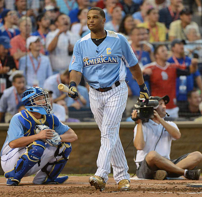 Cano, the defending champion and AL captain, was repeatedly booed and went homerless. It was the 17th time a player failed to hit a homer and the first since the Tigers' Brandon Inge in 2009.