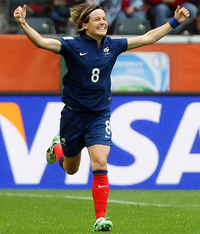 Bompastor was the only defender short listed for the women's 2011 FIFA Ballon d'Or, also making the World Cup All-Star Team as France took fourth, its best finish in tournament history.